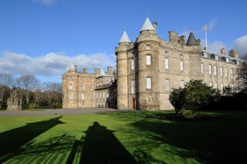 Palace of Holyroodhouse – Queens Gallery