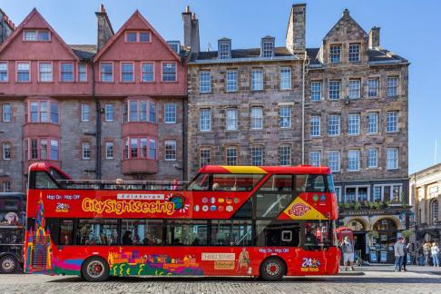 City Sightseeing Edinburgh Hop-on Hop-off + The Palace of Holyroodhouse