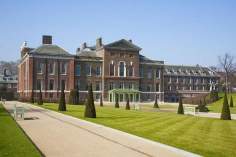 Kensington Palace + London Sightseeing Tour