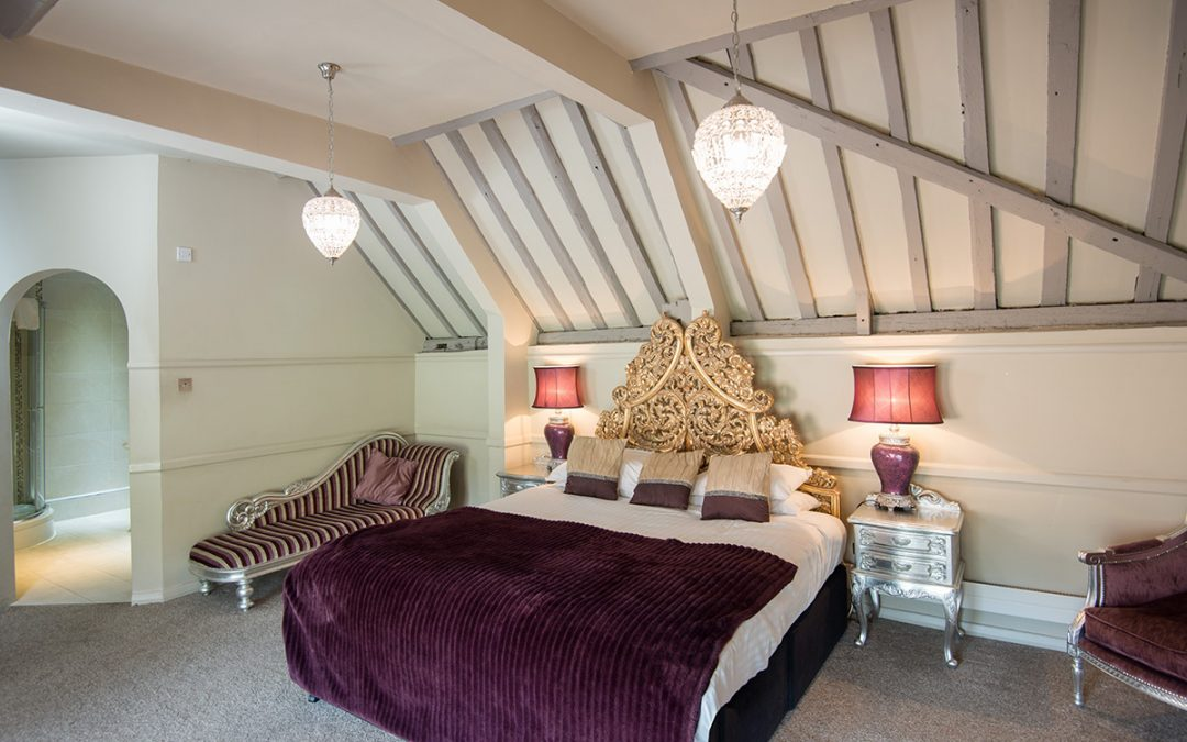 One Night Boutique Escape in a Suite with Prosecco for Two at The Spread Eagle