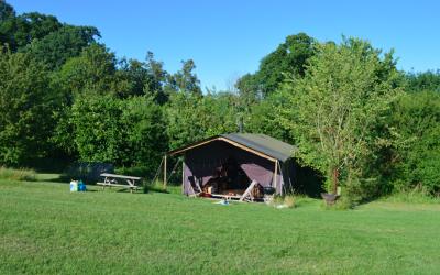 New Barn Farm | Featherdown Campsite near London
