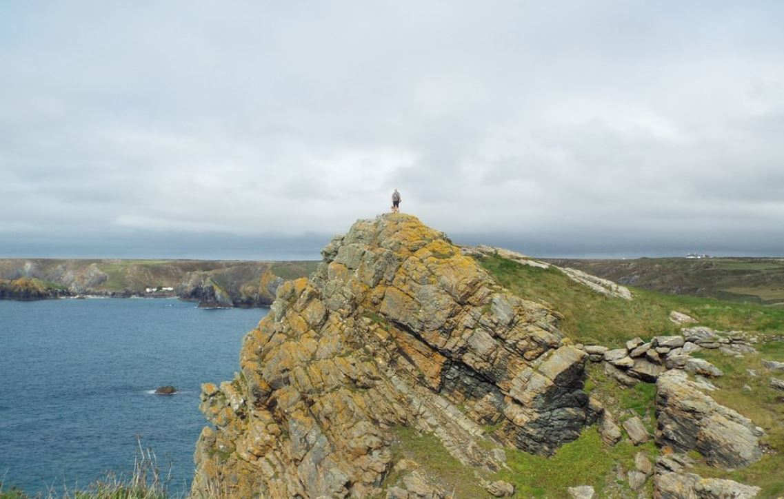 Best-Hiking-Holiday-Destinations-The-Lizard-Cornwall-UK