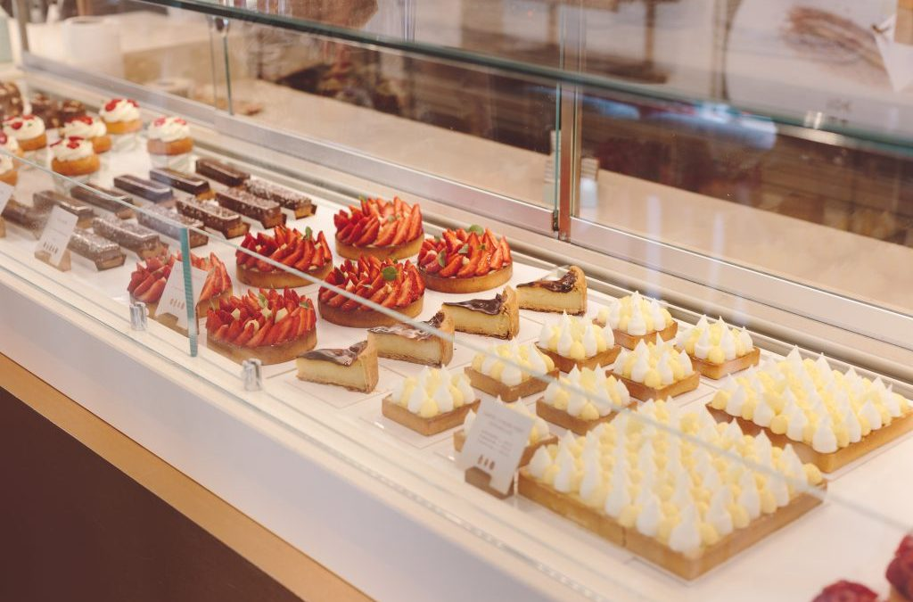 How and What to Order at a Parisian Pâtisserie
