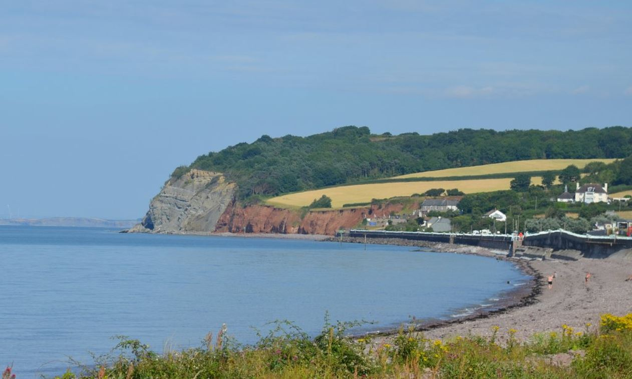 Best-Dog-Friendly-Holiday-Destination-Minehead-Somerset-UK