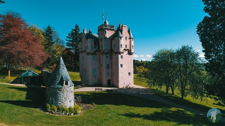 craigievar castle turret
