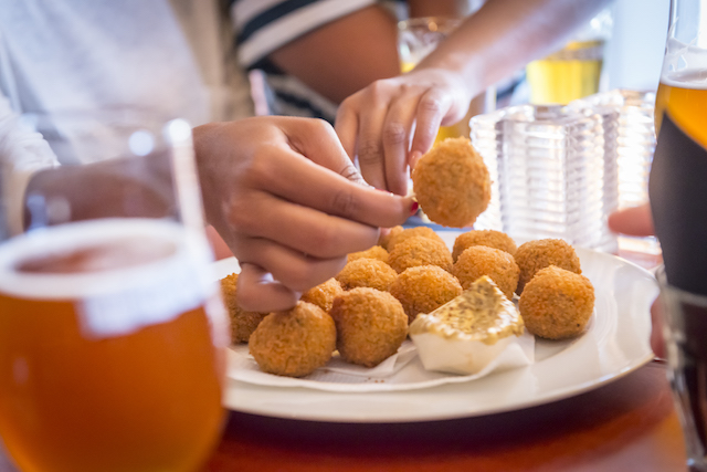 Eating in Amsterdam: Your Must-Try Food Checklist