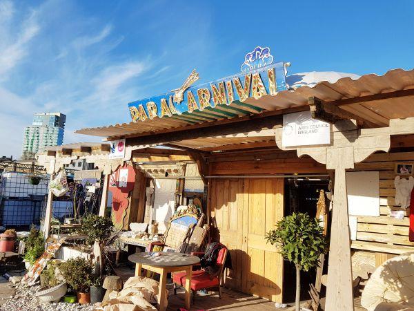 Nomadic Community Gardens – A hippy paradise