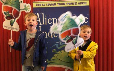 Review   Aliens love Underpants at The Troubadour Theatre White City London
