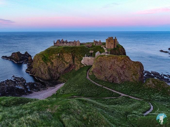 dunnottar castle drone