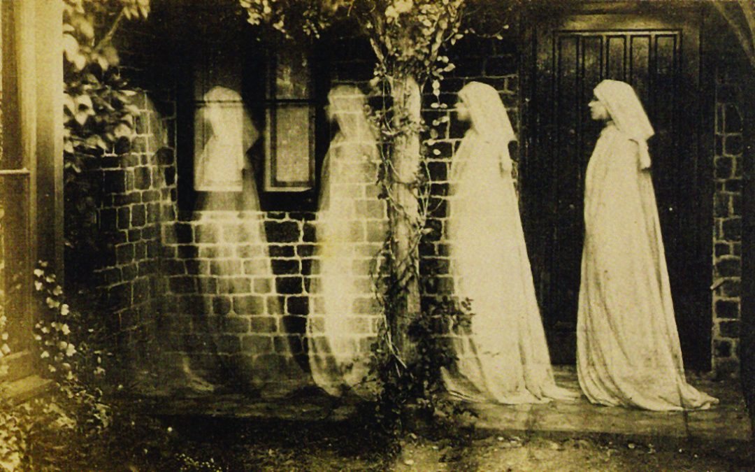 Taxidermy, graveyard tours and a candlelit vampire opera: London Month of the Dead is coming