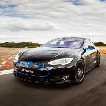 Tesla Model S P90D Thrill