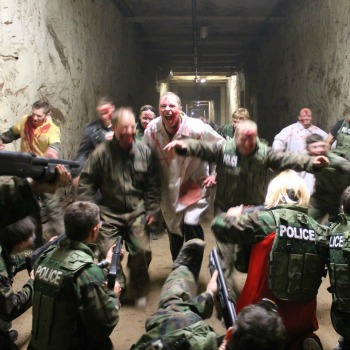 Zombie Survival Experience
