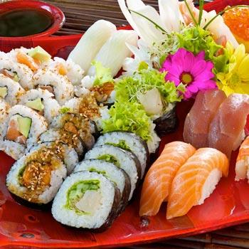 Sushi & Cocktail Making