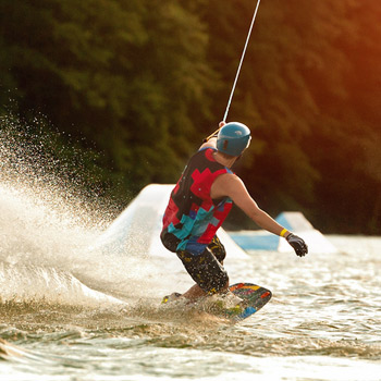 Discover Wakeboard and Waterski
