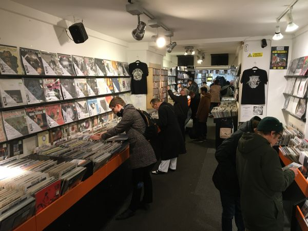 Reckless Records – Vinyl, CDs and tapes everywhere