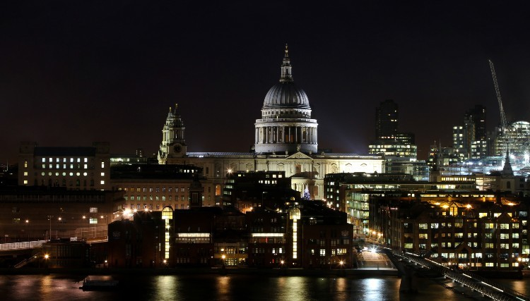 London will plunge into darkness to mark Earth Hour