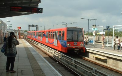 The DLR: Ten Interesting Facts and Figures About Docklands Light Railway