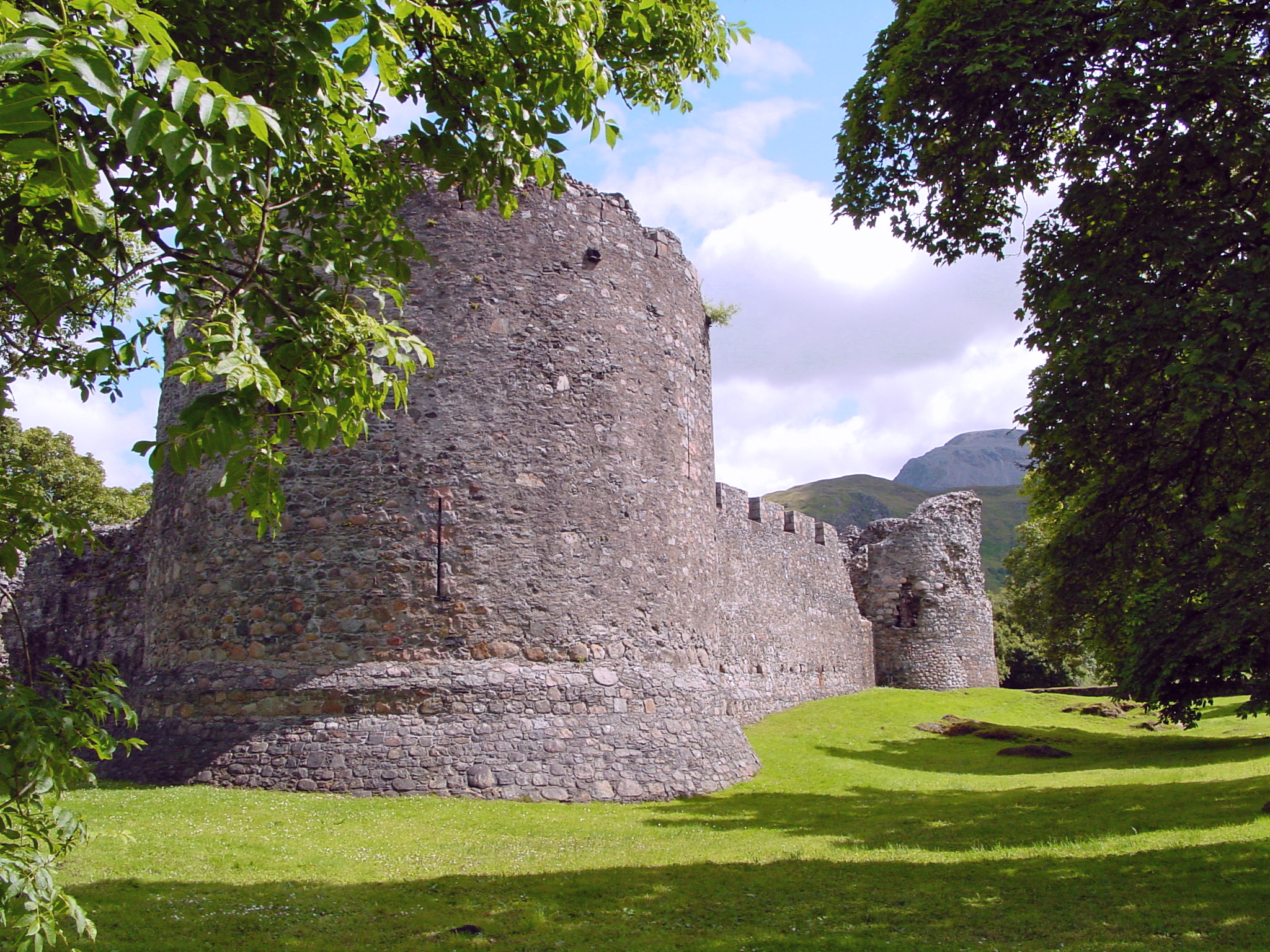 inverlochy castle glencoe things to do